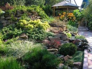 Як прикрасити садову ділянку своїми руками. Ландшафтний дизайн садової ділянки. Поради по ландшафтному дизайну для початківця.