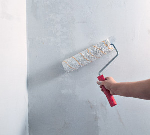 Чем грунтовать стены и сколько раз.